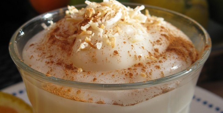 Image of yummy and creamy coconut pudding.